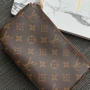 LV Clutch/Makeup Bag